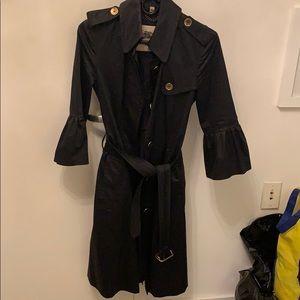 Burberry trench / rain coat